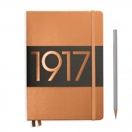 Carnet Medium (A5) couverture rigide, 251 pages numérotées, blanc, or